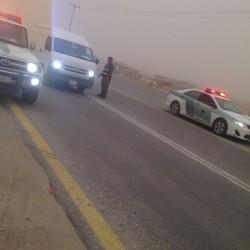 مرور الخفجي يغلق طريق الابرق لسلامة المسافرين