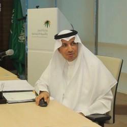 """وزير العمل والتنمية الاجتماعية يدشن خدمة """" وصال """" للوصول إلى المتعففين"""