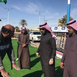 إدارة نادي القيصومة تكرم مدير مدينة الامير عبدالله بن جلوي الرياضية بالاحساء