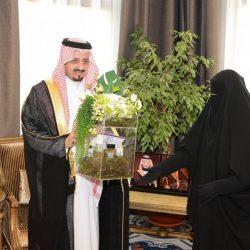 مدير جامعة الملك عبدالعزيز يكرّم 52 طالباً وطالبة حصدوا 34 ميدالية وجائزة عالمية