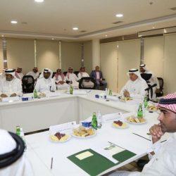 الأمير سعود بن نايف يطلع على برنامج تحسين جودة مياه الشرب بالمنطقة الشرقية