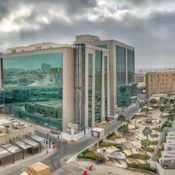 الدكتور الأحمدي وفريقه الطبي بمستشفى الملك فهد العام بالمدينة المنورة يتمكنوا من إعادة الحركة لخمسيني