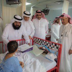 سفير النوايا الحسنة يعايد على مرضى مستشفى مدينة العيون