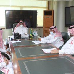 قادة كشافة مكة المكرمة يساهمون في تطبيق الإجراءات الاحترازية بالحرم المكي