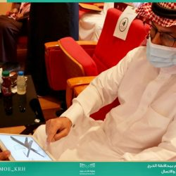 سمو أمير الشرقية يستقبل المدير الإقليمي لمكتب جريدة الرياض بالمنطقة الشرقية