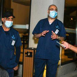 الفريق التطوعي الكشفي في #عفيف يٌساهم مع مستشفى المحافظة في تنظيم المراجعين