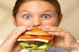الأطعمة الغير صحية تسبب بدانة الأطفال