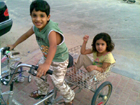 ريم وجاسم يصلان الدوحة اليوم ووالدهما يشكر رجال الأمن في المملكة